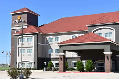 Exterior | La Quinta Inn & Suites by Wyndham Kyle - Austin South
