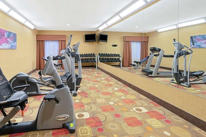 Health club | La Quinta Inn & Suites by Wyndham Stillwater-University Area