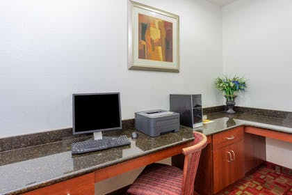 Business Center | La Quinta Inn & Suites by Wyndham St. Augustine