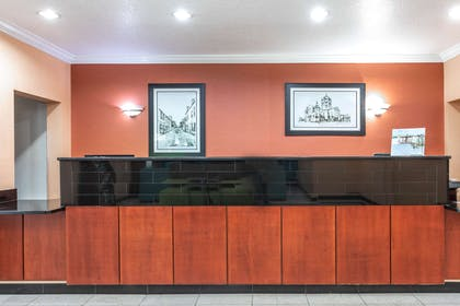 Reception | La Quinta Inn & Suites by Wyndham St. Augustine