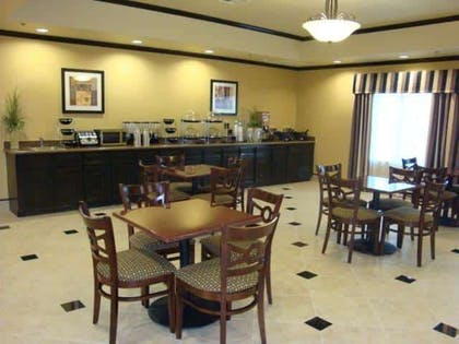 Property amenity | La Quinta Inn & Suites by Wyndham Fairfield TX