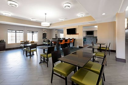 Property amenity | La Quinta Inn & Suites by Wyndham Houston Bush Intl Airpt E