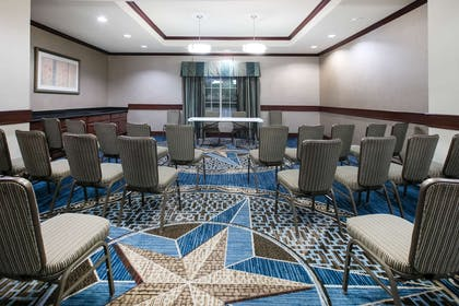 Meeting Room | La Quinta Inn & Suites by Wyndham DFW Airport West - Euless