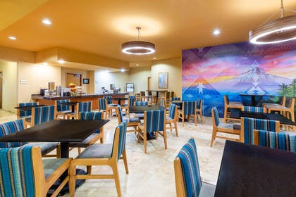 Property amenity | La Quinta Inn & Suites by Wyndham Vancouver