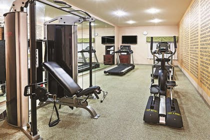 Health club | La Quinta Inn & Suites by Wyndham Ardmore Central
