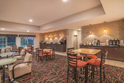 Property amenity | La Quinta Inn & Suites by Wyndham Verona