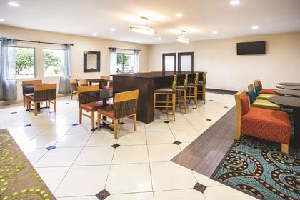 Property amenity | La Quinta Inn & Suites by Wyndham Evansville