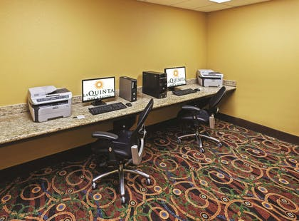Business Center | La Quinta Inn & Suites by Wyndham Searcy