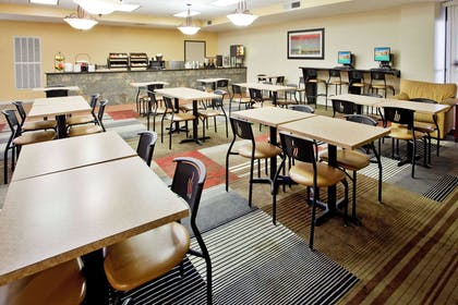 Property amenity | La Quinta Inn & Suites by Wyndham Memphis Airport Graceland