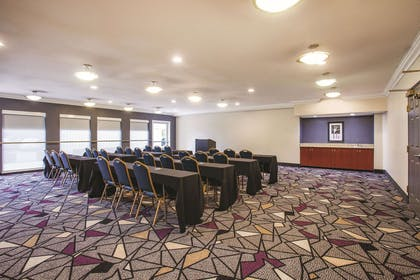 Meeting Room | La Quinta Inn & Suites by Wyndham Dublin - Pleasanton