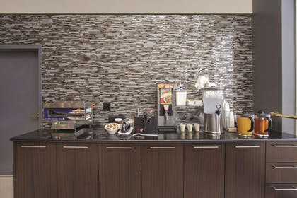 Property amenity | La Quinta Inn & Suites by Wyndham Dublin - Pleasanton