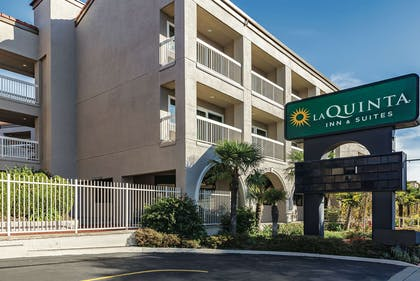 Exterior | La Quinta Inn & Suites by Wyndham San Francisco Airport West