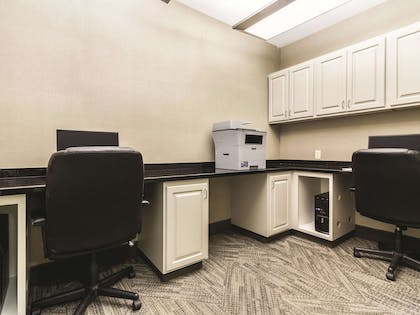 Business Center | La Quinta Inn & Suites by Wyndham Fargo-Medical Center