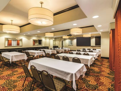Meeting Room | La Quinta Inn & Suites by Wyndham Fargo-Medical Center