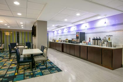 Property amenity | La Quinta Inn & Suites by Wyndham Horn Lake / Southaven Area