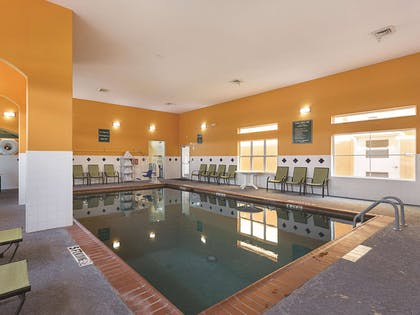 Pool - indoor | La Quinta Inn & Suites by Wyndham Houston Channelview