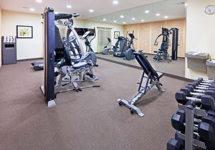 Health club | La Quinta Inn & Suites by Wyndham Floresville