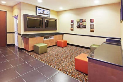 Recreational Facility   La Quinta Inn & Suites by Wyndham Tulsa - Catoosa Route 66