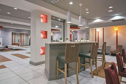 Property amenity | La Quinta Inn & Suites by Wyndham Harrisburg-Hershey