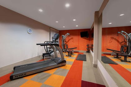 Health club | La Quinta Inn & Suites by Wyndham Harrisburg-Hershey