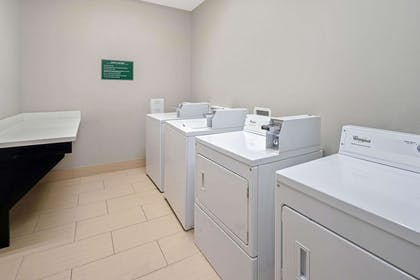 Laundry | La Quinta Inn & Suites by Wyndham Rockport - Fulton
