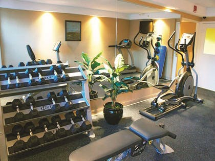 Health club | La Quinta Inn & Suites by Wyndham Manchester