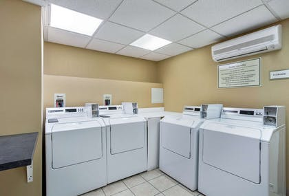laundry facilities | La Quinta Inn & Suites by Wyndham Manchester