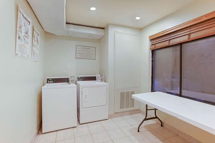 Laundry | La Quinta Inn & Suites by Wyndham Richmond - Kings Dominion