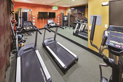 FitnessCenter | La Quinta Inn & Suites by Wyndham Jourdanton - Pleasanton