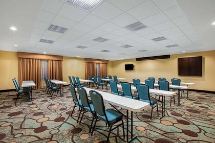 Meeting Room | La Quinta Inn & Suites by Wyndham Sioux Falls