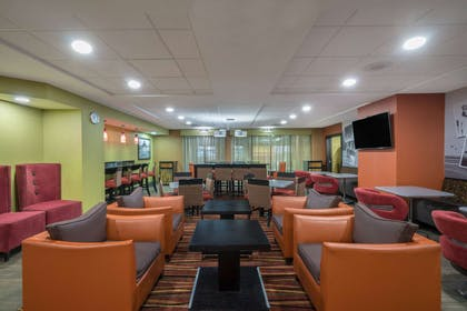 Property amenity | La Quinta Inn & Suites by Wyndham Clarksville