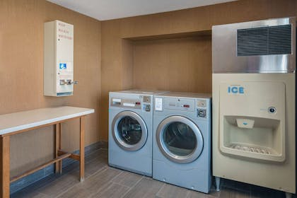 Laundry | La Quinta Inn & Suites by Wyndham Clarksville