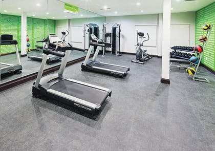 Health club | La Quinta Inn & Suites by Wyndham Fort Worth Eastchase