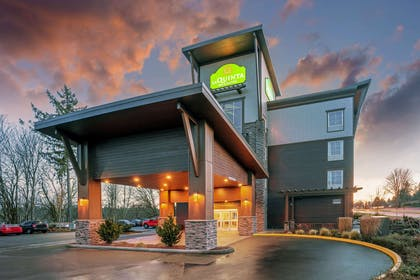 Exterior | La Quinta Inn & Suites by Wyndham Tumwater - Olympia