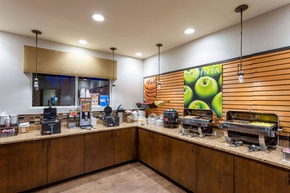 Property amenity | La Quinta Inn & Suites by Wyndham Pigeon Forge