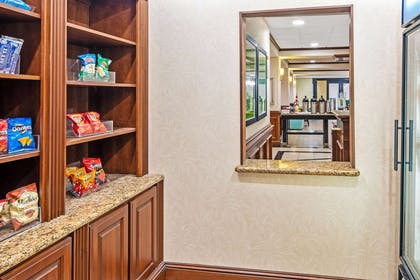 Property amenity | La Quinta Inn & Suites by Wyndham Corpus Christi-N Padre Isl