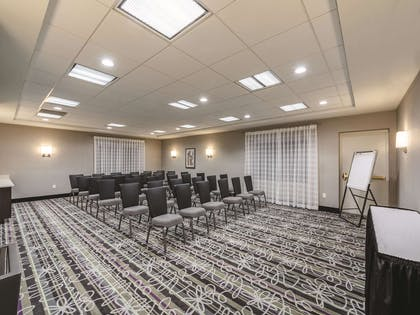 Meeting Room | La Quinta Inn & Suites by Wyndham San Antonio Downtown
