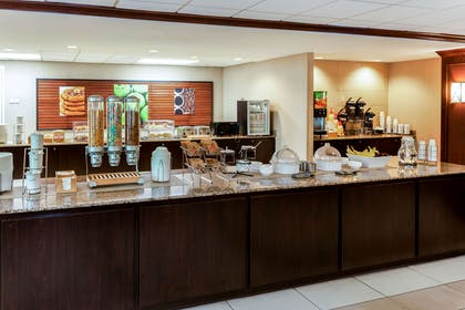 Property amenity | La Quinta Inn & Suites by Wyndham Milwaukee Bayshore Area