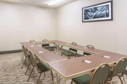 Meeting Room | La Quinta Inn & Suites by Wyndham Hopkinsville