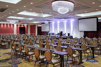 Meeting Room | Amway Grand Plaza, Curio Collection by Hilton