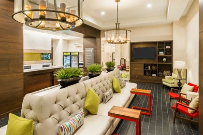 Lobby | Home2 Suites by Hilton Atlanta Downtown