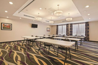 Meeting Room | La Quinta Inn & Suites by Wyndham Luling