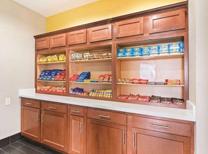Property amenity | La Quinta Inn & Suites by Wyndham Luling