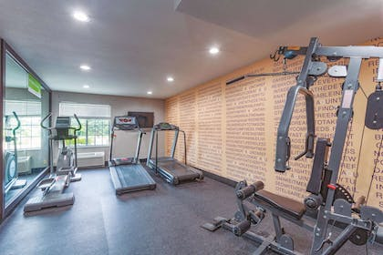 Health club | La Quinta Inn & Suites by Wyndham Knoxville North I-75