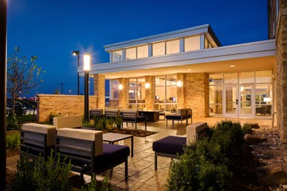 Outdoor Leisure Area with Firepit | Best Western Plus Norman