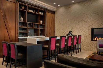 BarLounge | Embassy Suites by Hilton Berkeley Heights