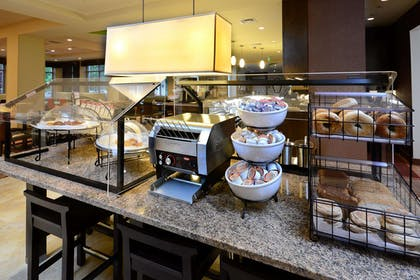 Restaurant | Hilton Garden Inn Greensboro Airport