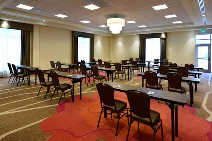 Meeting Room | Hilton Garden Inn Greensboro Airport