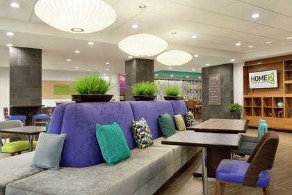 Lobby | Home2 Suites by Hilton West Monroe