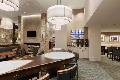 Lobby | Homewood Suites By Hilton Washington DC Convention Center